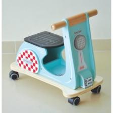 Indigo Jamm Scoot Aqua Racer Ride On