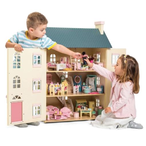 Le Toy Van Cherry Tree Hall Dolls House + Furniture