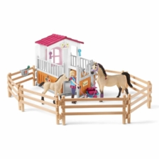 Schleich Horse Club Horse Stall And Arab Horses And Groom